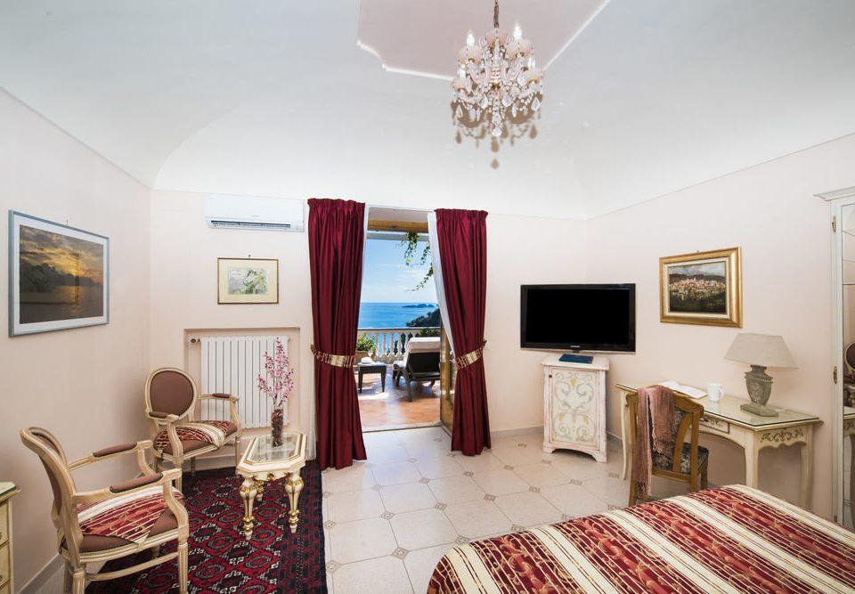 property Bedroom cottage home living room rug Suite Villa flat