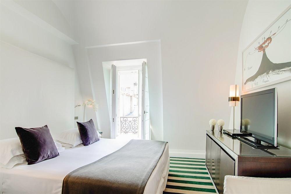 sofa property Bedroom Suite living room cottage home Villa pillow