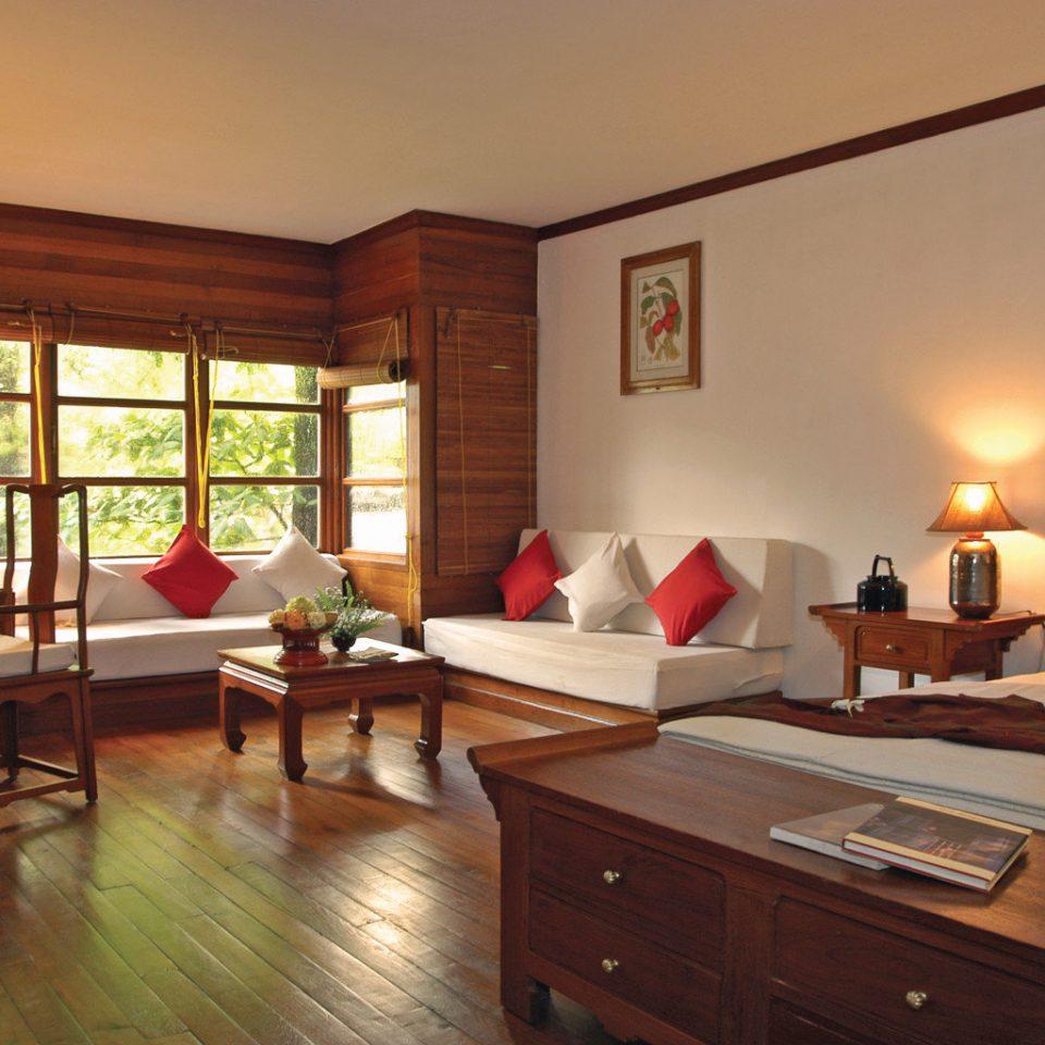 property home house hardwood living room cottage Suite wood flooring Bedroom farmhouse Villa