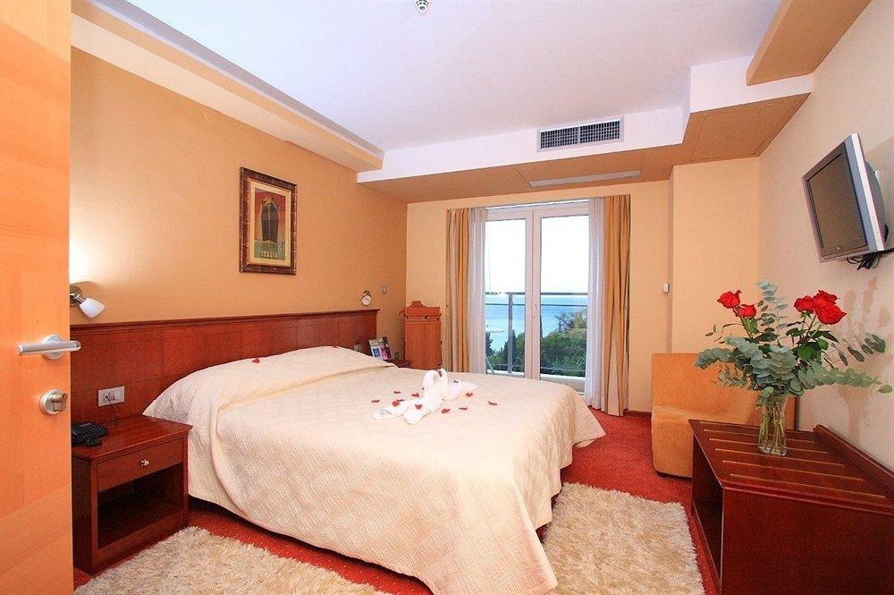 property Bedroom Suite cottage Villa flat