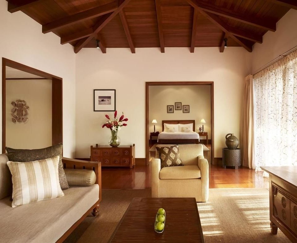 property living room hardwood Bedroom home cottage Villa farmhouse Suite wood flooring