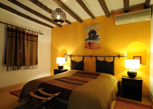 property yellow Bedroom cottage Villa Suite