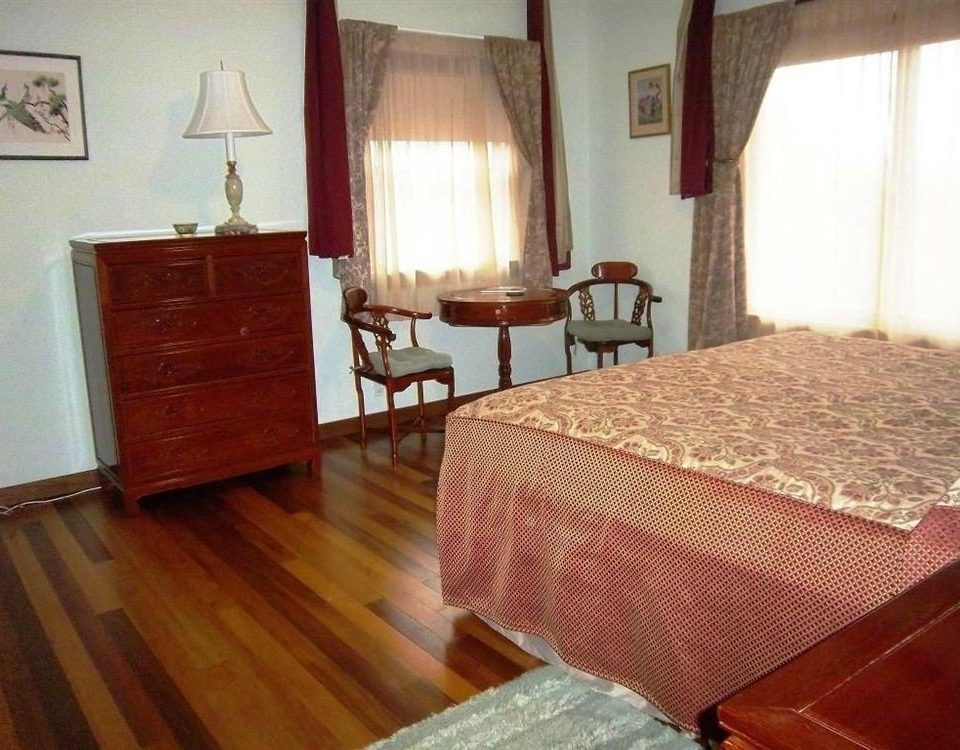 property cottage hardwood Suite Villa wood flooring Bedroom hard