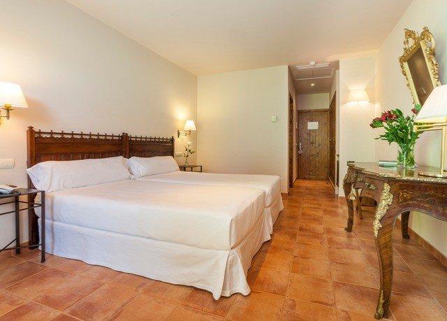 property Suite Bedroom hardwood cottage Villa wood flooring