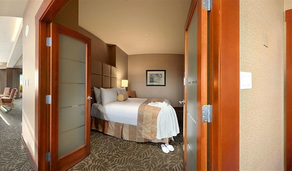Bedroom property house Suite cottage home Villa