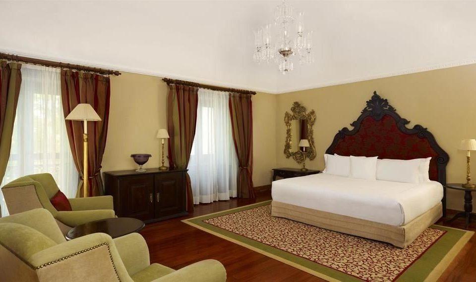 sofa property Suite living room Bedroom cottage Villa