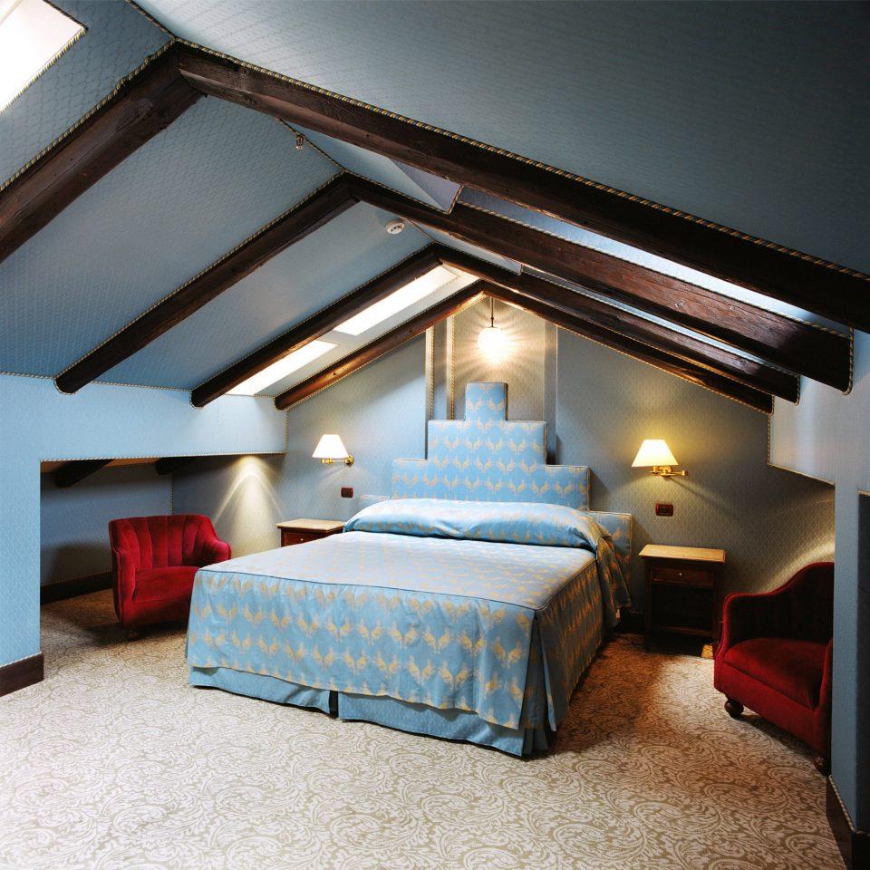 property house Bedroom home cottage Villa living room farmhouse Suite