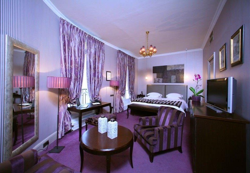 property Suite living room home mansion Villa Bedroom