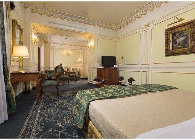 Bedroom property Suite mansion living room Villa lamp