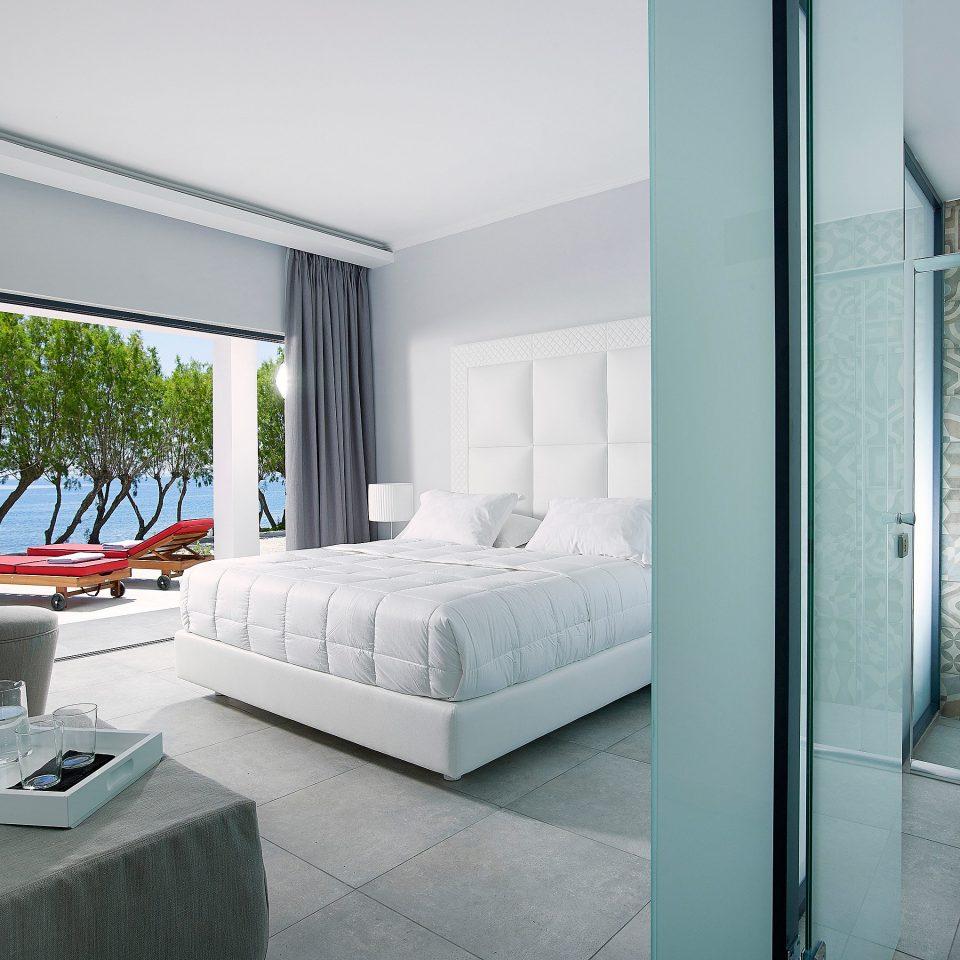 bathroom property house home living room white condominium daylighting flooring Villa Bedroom tiled