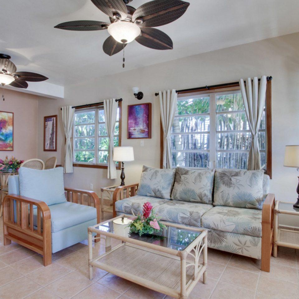 property living room home cottage hardwood Villa farmhouse Bedroom mansion condominium