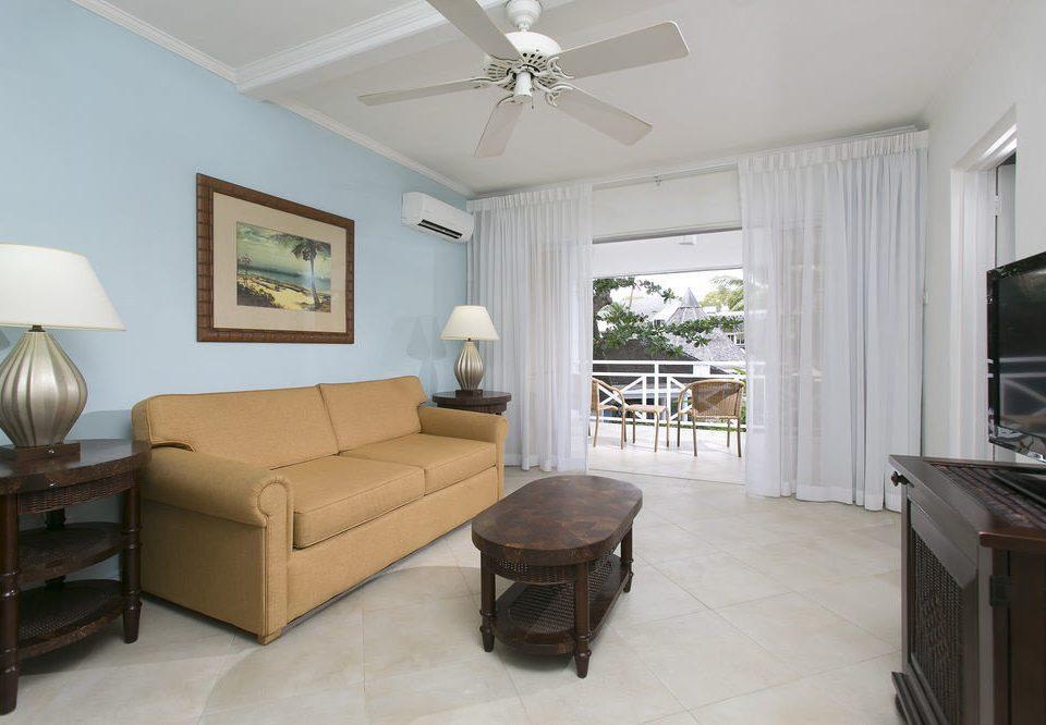 property living room home cottage hardwood condominium Bedroom Villa farmhouse