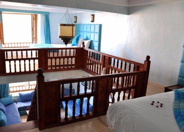 property cottage home Villa living room condominium Bedroom