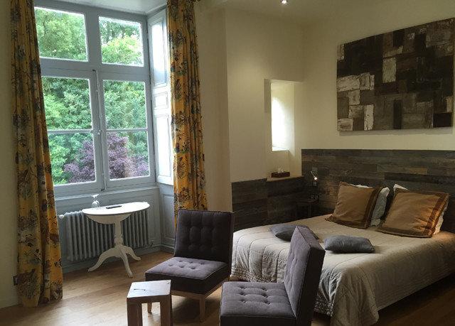 property living room home cottage condominium Villa Bedroom farmhouse