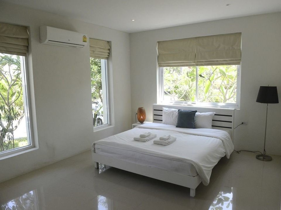 property Bedroom home living room cottage condominium white Villa