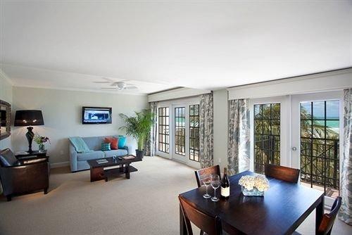 condominium property living room home Villa cottage Bedroom