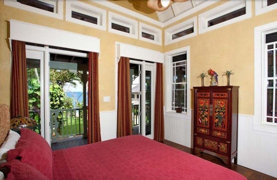 property red home Bedroom cottage hardwood mansion living room farmhouse Villa