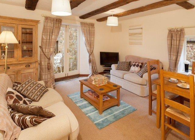 property living room cottage home Villa Bedroom farmhouse