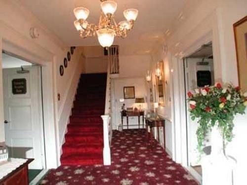 property red cottage Villa mansion rug Bedroom