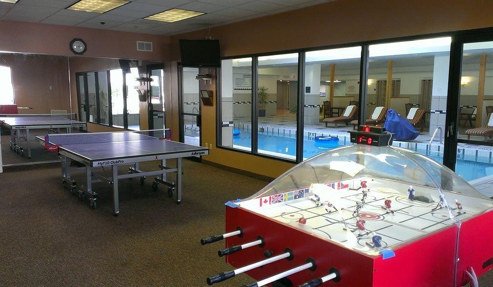 recreation room billiard room