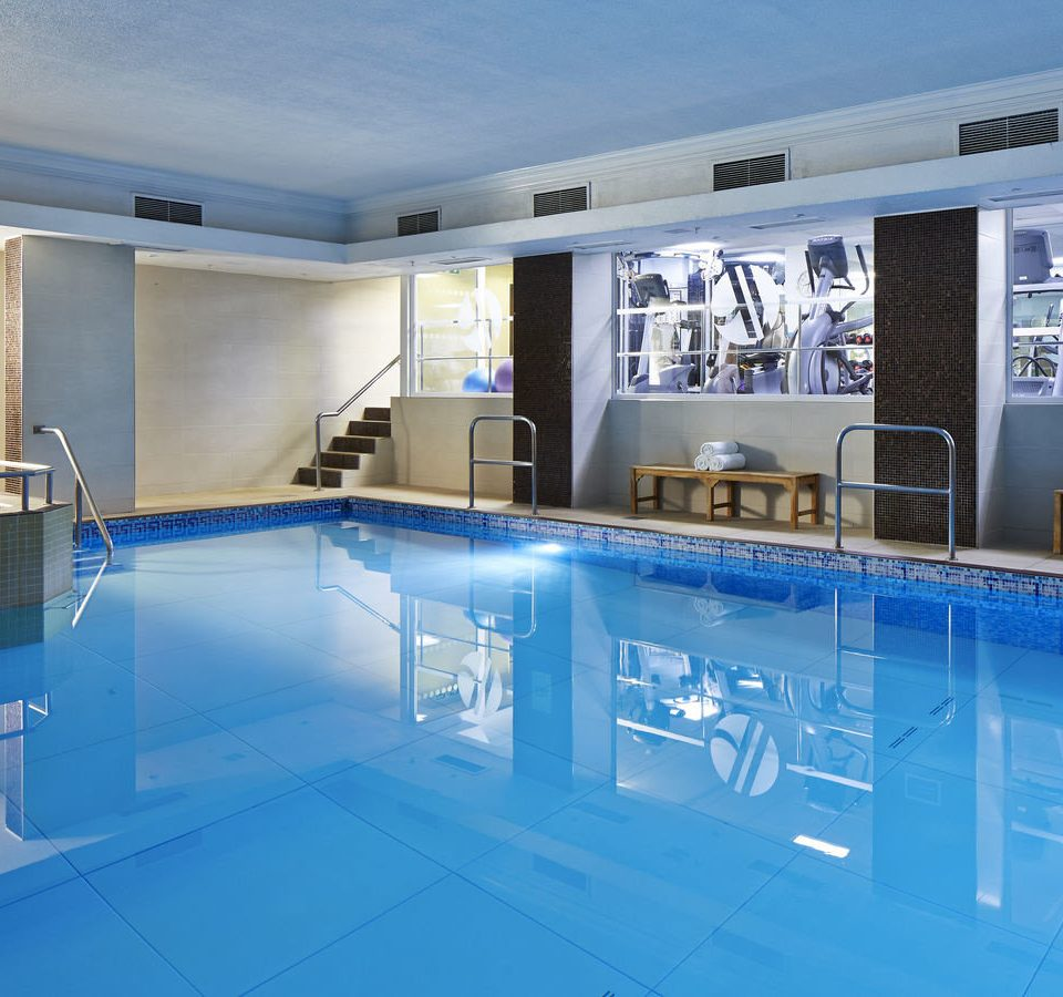 swimming pool property blue leisure centre condominium home