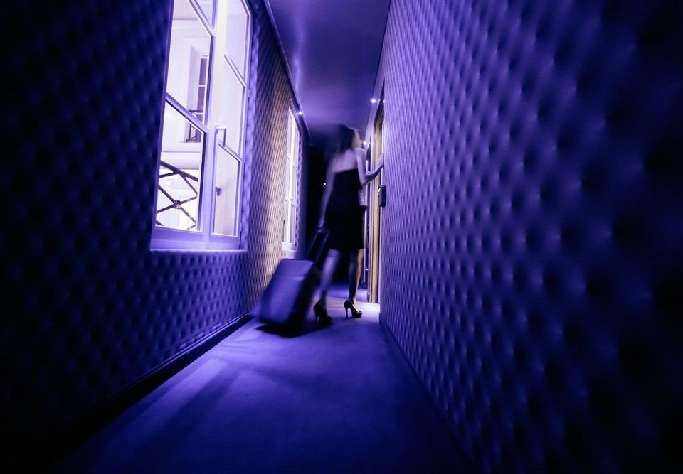 blue light darkness lighting