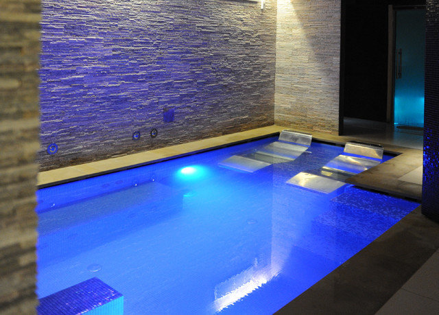 swimming pool blue flooring