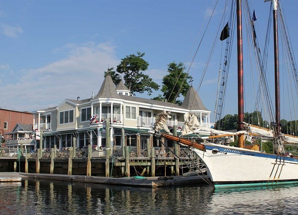 Buildings Exterior Outdoor Activities Waterfront water Boat sky vehicle motor ship ship watercraft sailboat marina docked dock waterway yacht mast boating Harbor