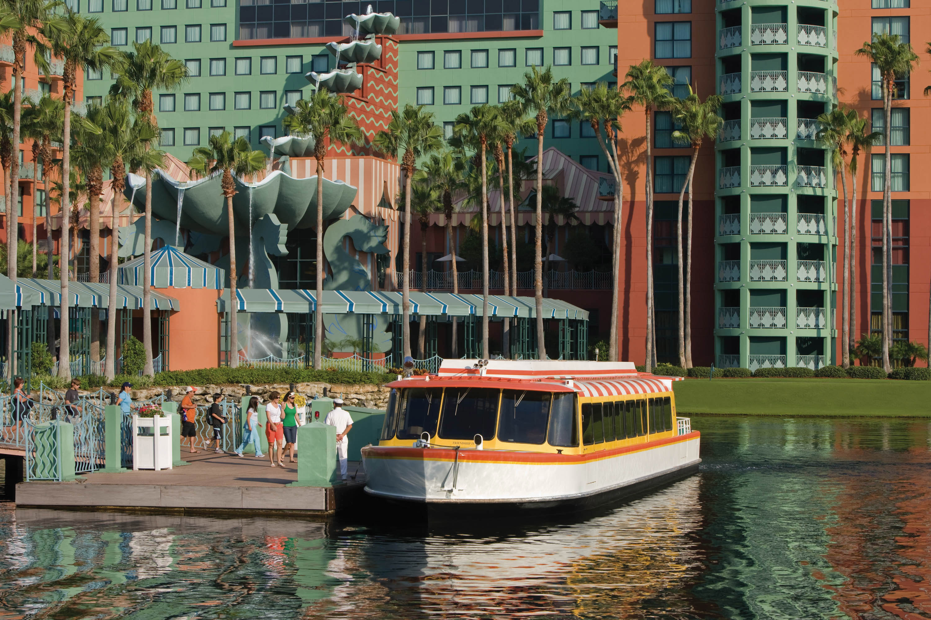 water building Boat Canal vehicle waterway River