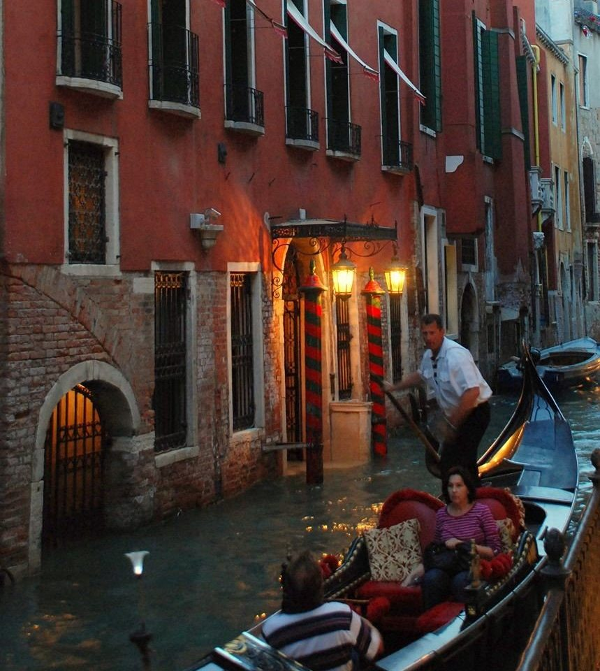 building gondola Boat Canal Town street waterway vehicle evening travel alley