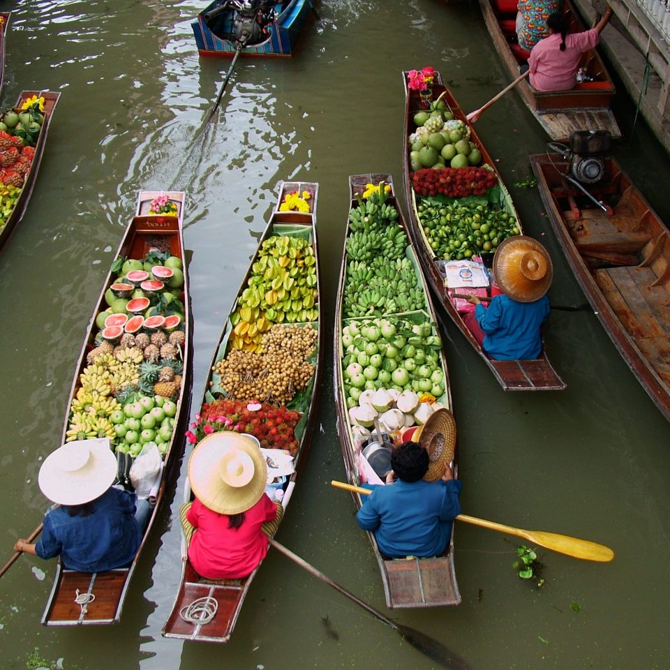 City color public space Boat market boating cuisine