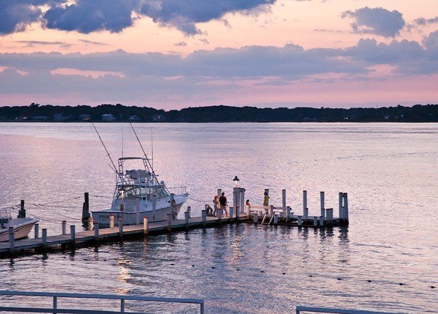 water sky Boat scene Sea dock shore vehicle River horizon Lake pier docked Ocean morning cloud ship Harbor Sunset Coast dusk evening sunrise