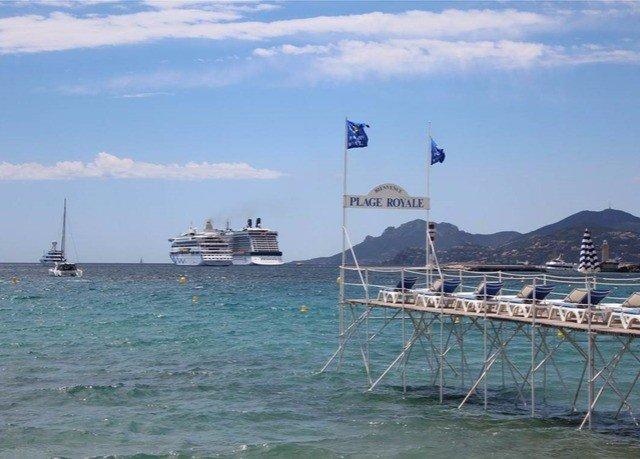 sky water Sea vehicle Ocean channel Coast boating Boat mast Harbor watercraft day