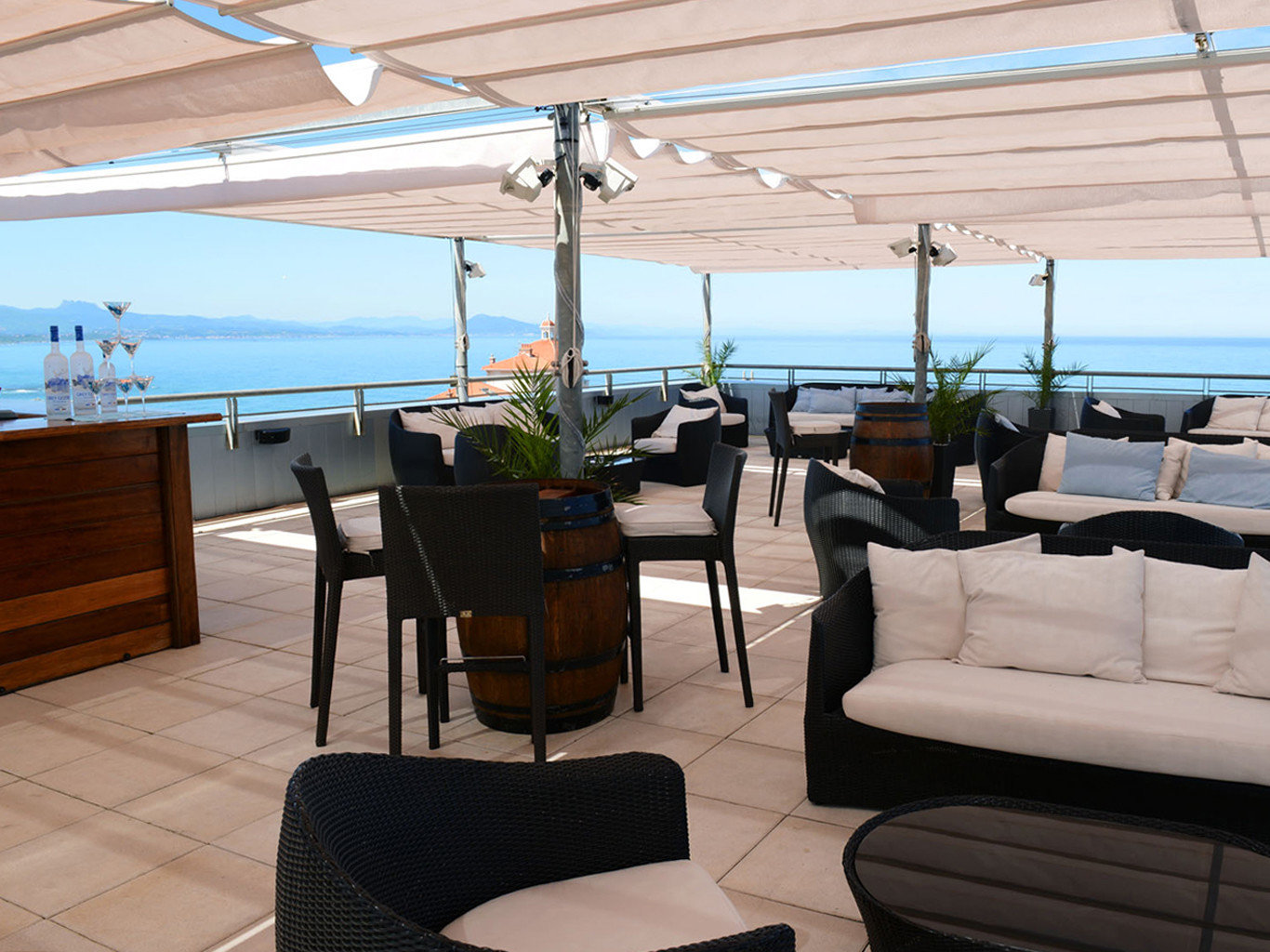 chair property passenger ship Boat yacht vehicle ship home living room watercraft restaurant Deck