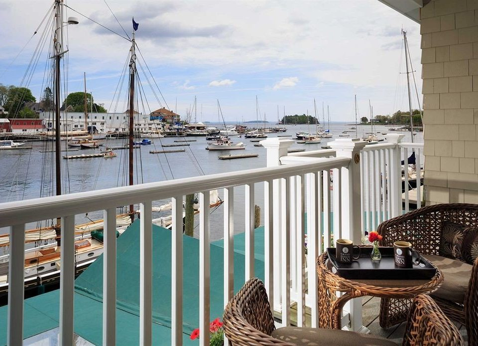Boat Deck Patio Scenic views Waterfront vehicle marina dock