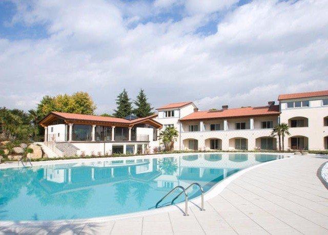 sky swimming pool property Resort Villa home condominium mansion blue Deck Boat