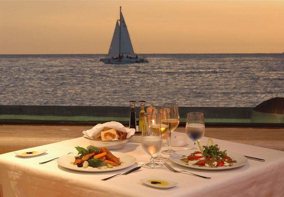 Dining Drink Modern Resort Scenic views Waterfront water sky Boat passenger ship vehicle yacht ship watercraft luxury yacht restaurant