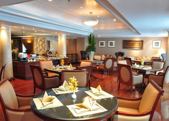 chair Dining restaurant yacht function hall vehicle Lobby passenger ship Suite conference hall living room Boat breakfast leather