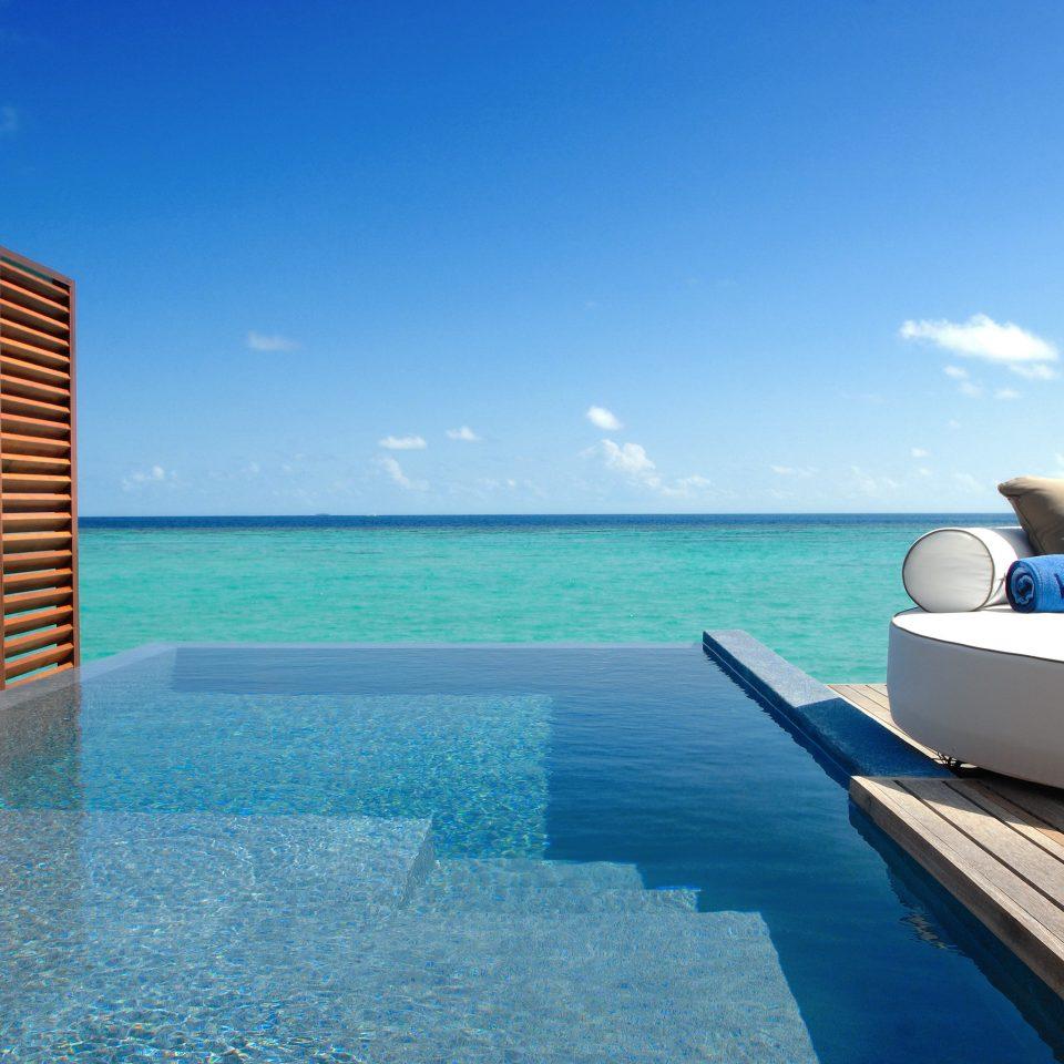 Elegant Lounge Luxury Modern Ocean Pool sky water swimming pool Boat leisure Sea caribbean Resort yacht shore
