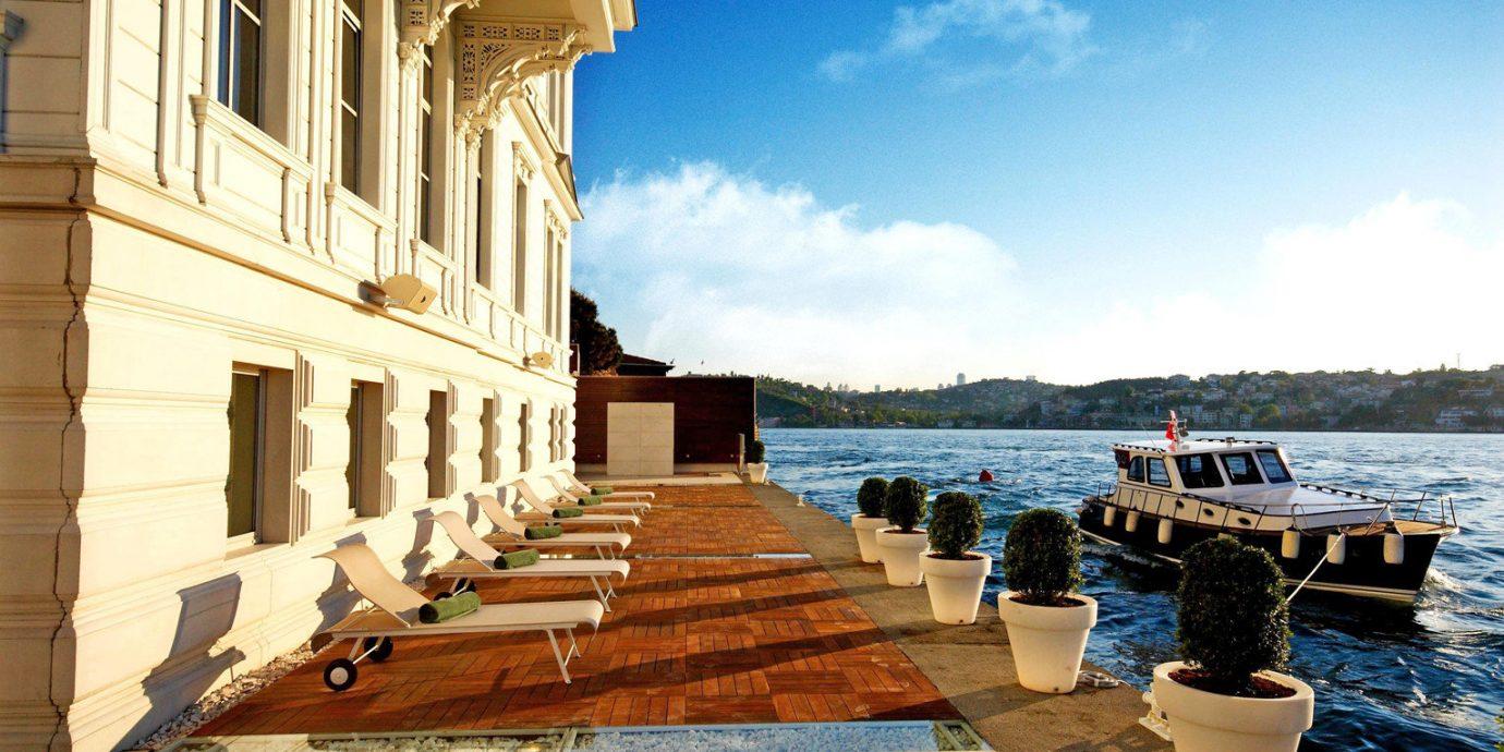 Boat Exterior Lounge Terrace Waterfront sky walkway palace Sea Resort travel stone