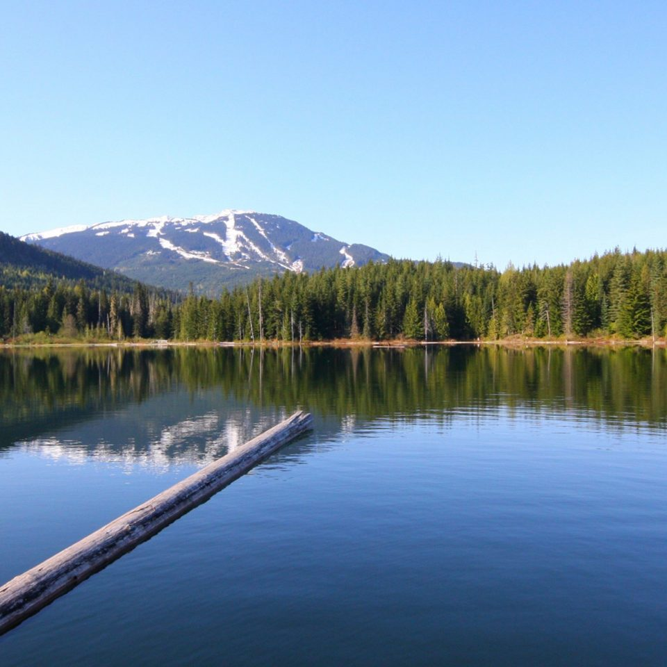 Forest Lake Mountains water mountain sky Boat Nature wilderness River loch reservoir pond tarn surrounded