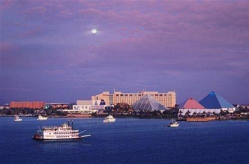 water sky Boat marina horizon Harbor port vehicle Sea dock dusk passenger ship panorama Island shore distance