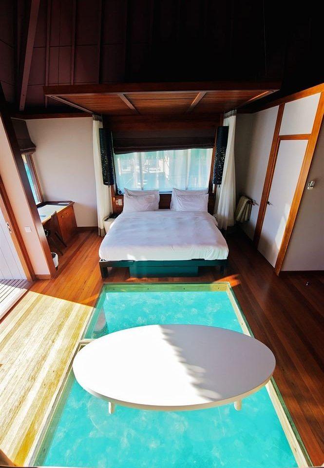 le meridien bora bora bora bora french polynesia and tahiti motu mute jetsetter. Black Bedroom Furniture Sets. Home Design Ideas