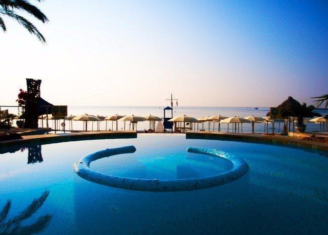 sky water swimming pool leisure Boat property Resort Pool blue Ocean resort town Lagoon Sea Villa caribbean swimming