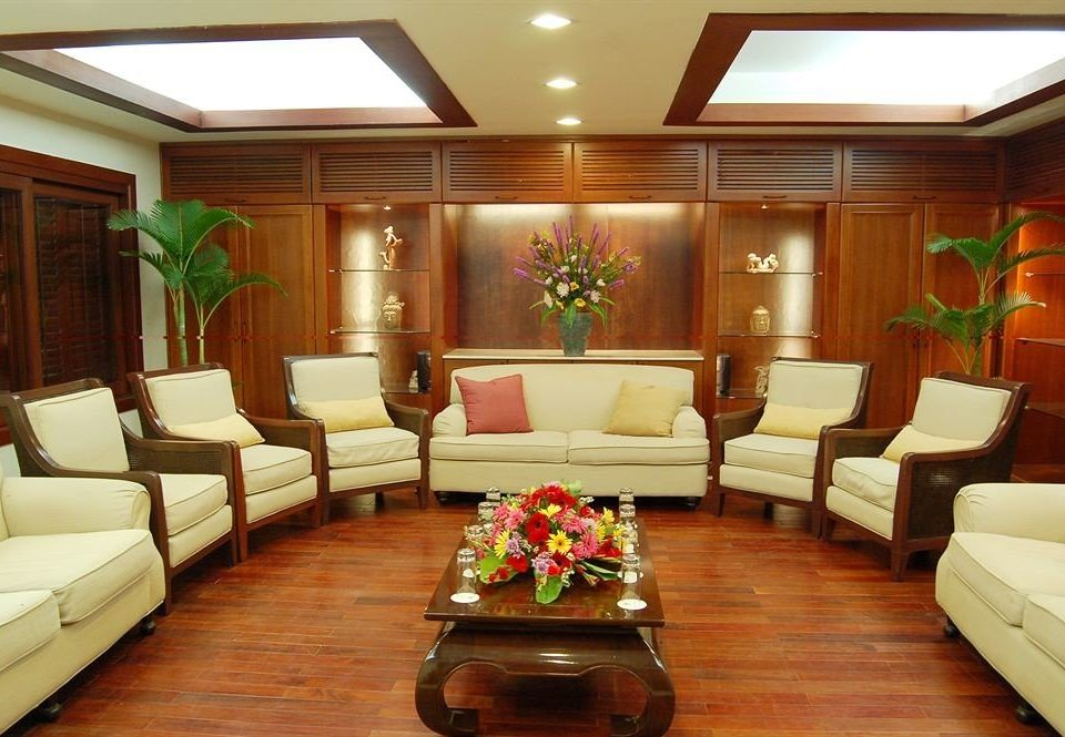 sofa Boat passenger ship Lobby living room yacht vehicle ship Suite watercraft recreation room luxury yacht flat hard leather