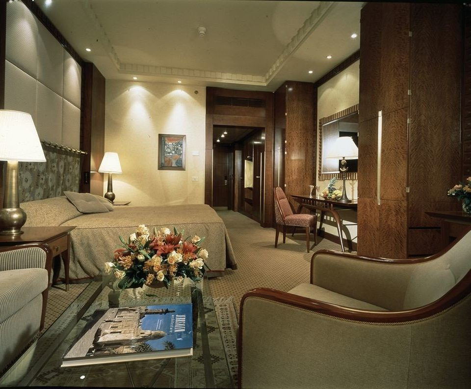 Lobby vehicle yacht Boat living room screenshot mansion Suite
