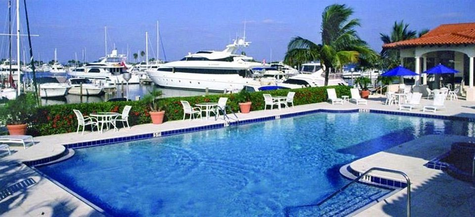 Lounge Luxury Pool sky marina Boat swimming pool vehicle blue dock Resort yacht passenger ship caribbean
