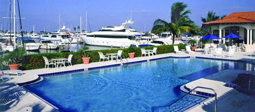 Lounge Luxury Pool sky marina Boat swimming pool vehicle blue dock Resort yacht passenger ship caribbean
