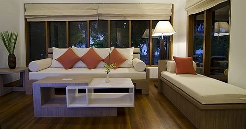 sofa property yacht Boat Suite passenger ship home living room cottage vehicle Villa flat condominium Resort Modern