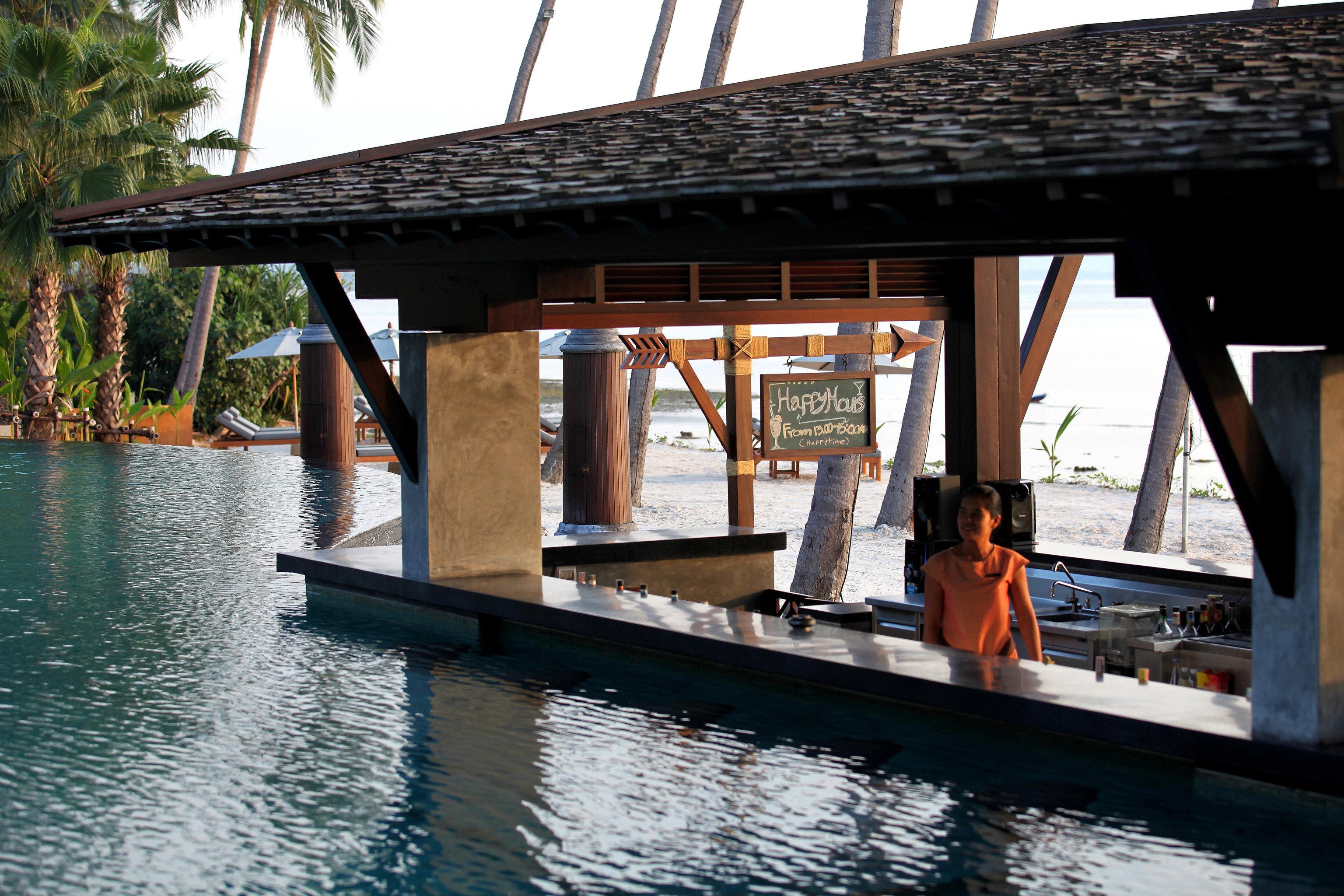 water boathouse vehicle dock Resort waterway Boat